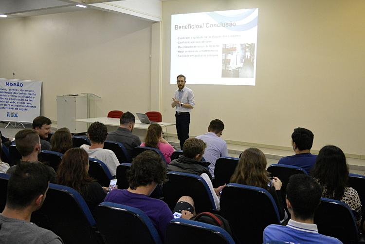 Professor Thiago Funimundi: Logística Empresarial