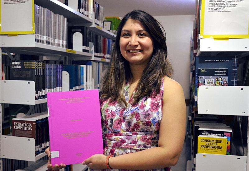 Angela Daniela: TCC Nota 10 em Ciências Contábeis